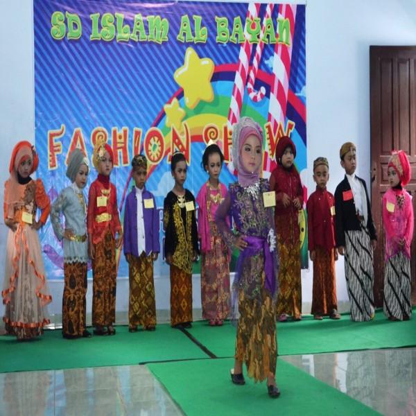 Fashion Show Kindergarten Fest 2016